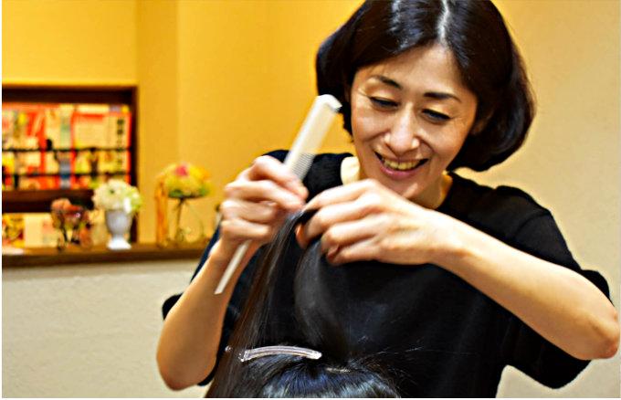 美容空間KAEDE オーナー美容師 山口 里美(やまぐち りみ)プロフィール写真